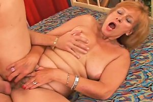 Old Fair Haired Slut Gets Her Hairy Flaccid Pussy Fucked In Sideways Style