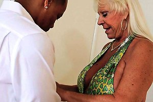Horny Mature Chick Finally Gets A Chance To Taste The Black Dick