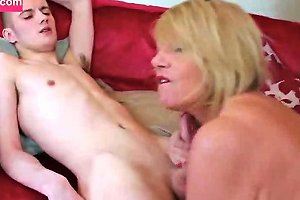 Enormous Sexy Babe Gets Fucked By Boys
