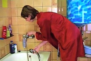 In The Bathroom Free Mature Porn Video Mobile