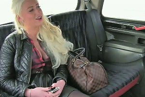 Insatiable Mature Amateur Blonde Gets Busy With Her Taxi