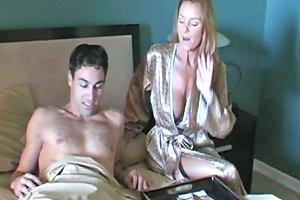 Sexy Mature Amateur Housewife Cuckold Love