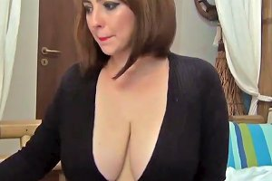 Saschagreen's Cleavage In Black Free Porn Mobile