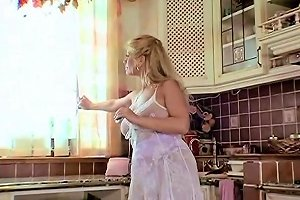 Sexy German Blonde Mother Free Bouncing Tits Porn Video D5