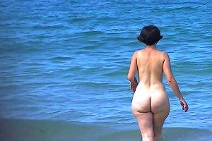 Stunning Pawg Mature Pear Beach Ass Free Porn 29 Xhamster