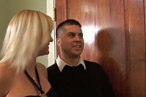 Wife Swap Turns Into Threesome